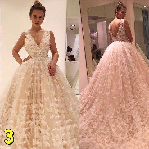 знакомая просит свадебное платье